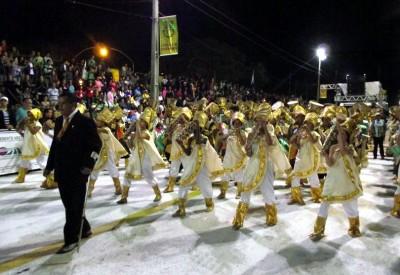Imperio Serrano desfile 2013