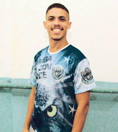 Renan Almeida coreografo
