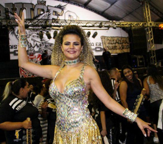 miss renata 2012